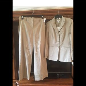 Talbots tan pants suit new size 8